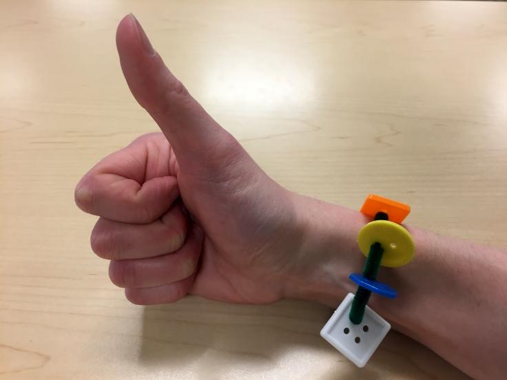 Button Bracelet.JPG