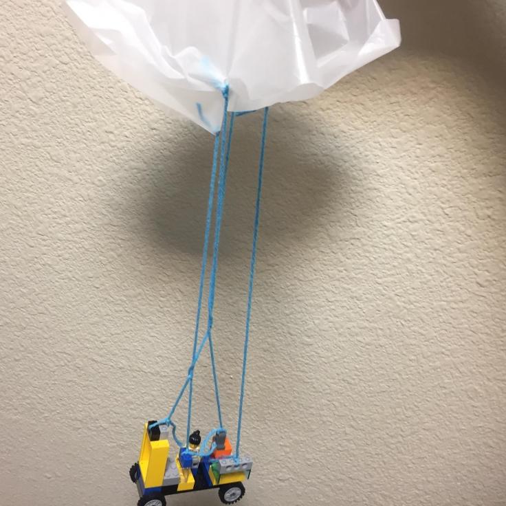 lego-parachute-2.jpg