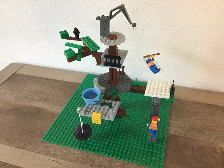 Lego Tree Fort 1